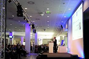 Begrüßung durch Dr. Norbert Miller, Vizepräsident der IHK Mittlerer Niederrhein