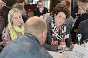 Moderator Markus Baersch... (Foto: Andreas Bischof)